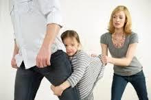 Thay đổi người trực tiếp nuôi con và quyền thăm nom con sau ly hôn