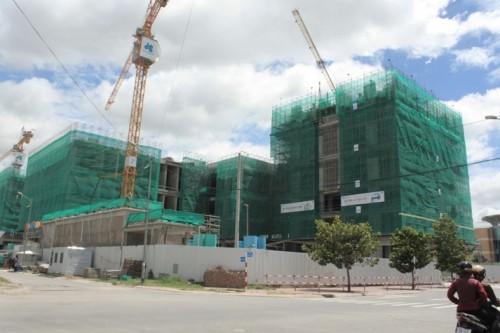 Hợp đồng và tranh chấp hợp đồng mua bán nhà ở hình thành trong tương lai